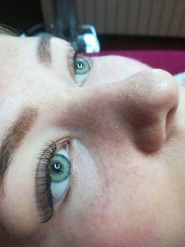 Przedłużanie, uzupełnianie i zagęszczanie rzęs - Kosmetyczka Nowy Targ