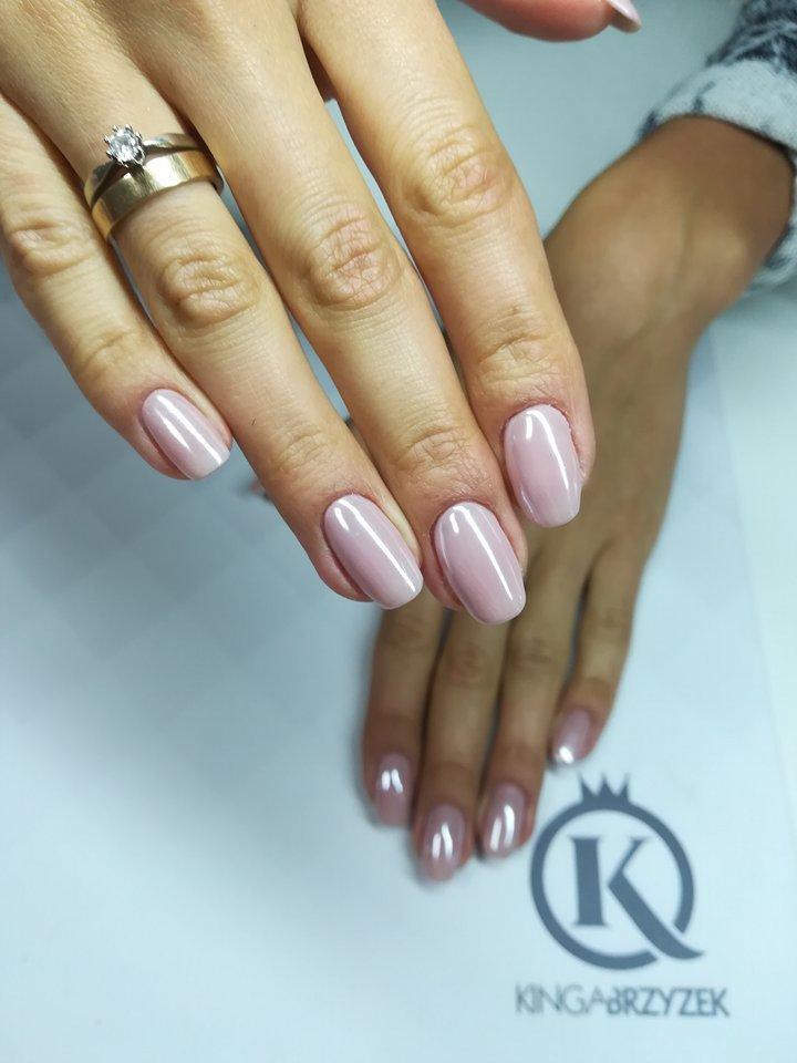 Czy hybryda zniszczy moje paznokcie ? - Blog Kosmetyczny