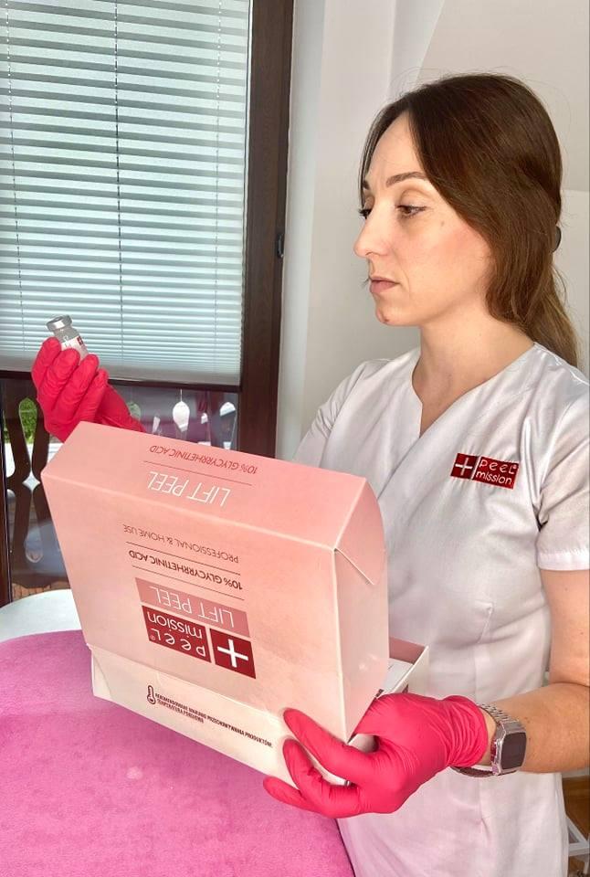 Jakie kwasy w terapii przeciwzmarszczkowej? - Blog Kosmetyczny
